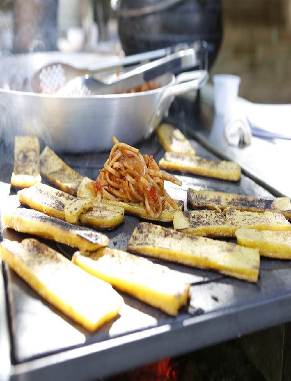Ragu de socol com polenta